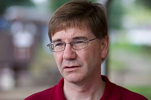 Keith_Rothfus_at_Soegel_Orchards-wikimedia-fi_mini